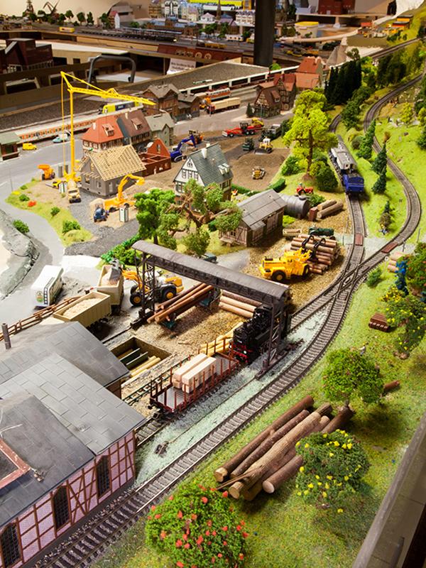 Modellbahn am Rothaarsteig: Hennesee Sauerland